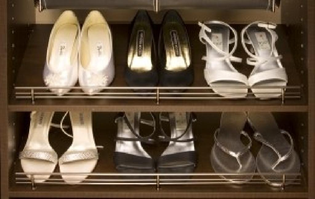 Marvelous Deluxe Closet Shoe Fences