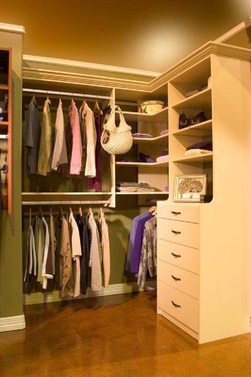 Small Walk In Closet Organizer