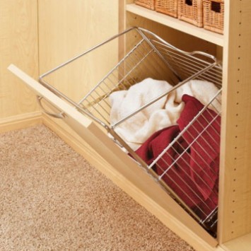 "19"" Wide Tilt-Out Hamper"